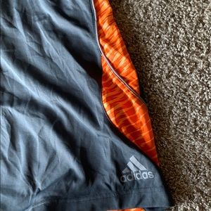 adidas Shorts - Men's Adidas basketball athletic shorts size XL